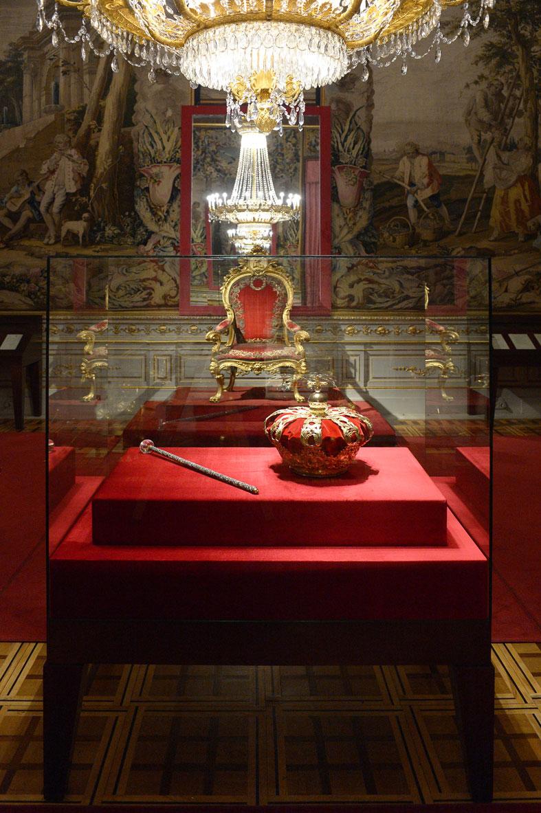 Apertura de la Sala de la Corona en el Palacio Real de