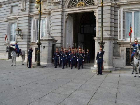 Guardia Real en el Palacio Real de Madrid